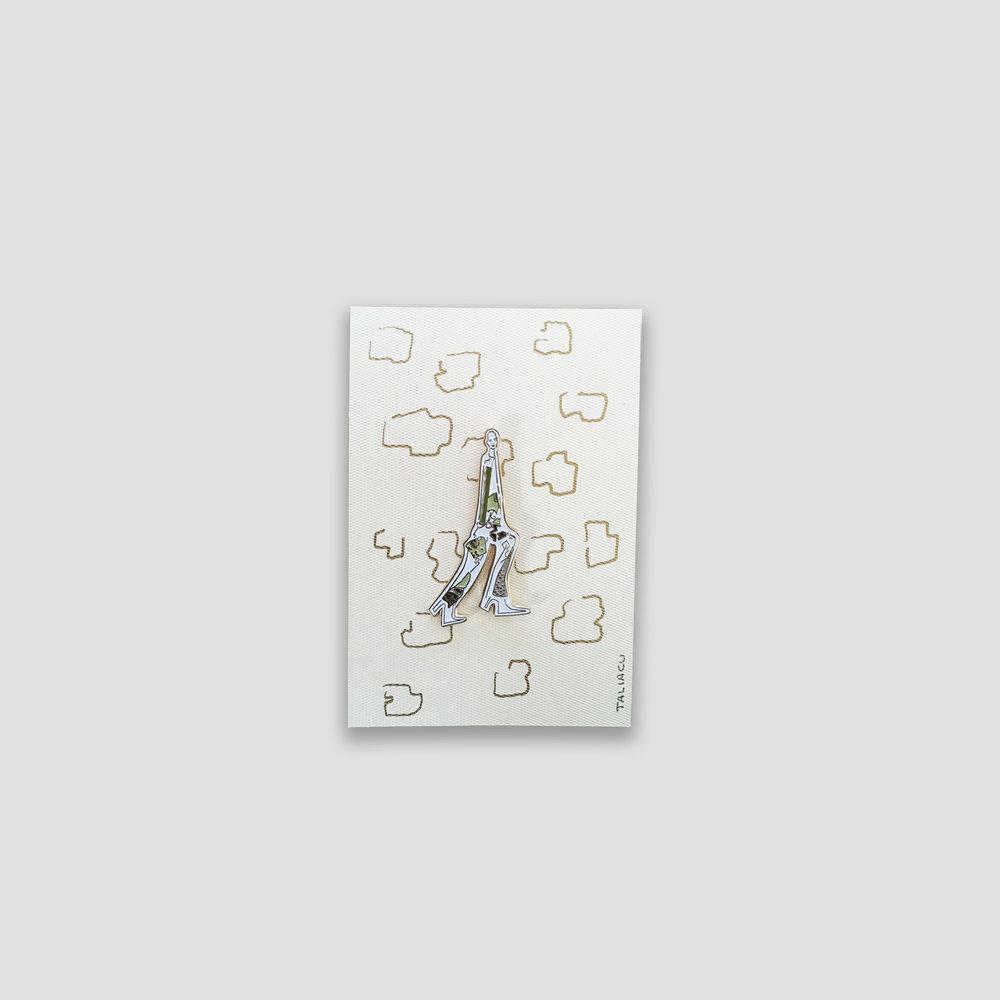 Giraffe Girl   5 cm x 3.5 cm   Price:   $ 230.00 MXN  $ 11.20 USD