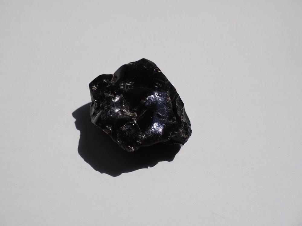 obsidian-505336_1920.jpg