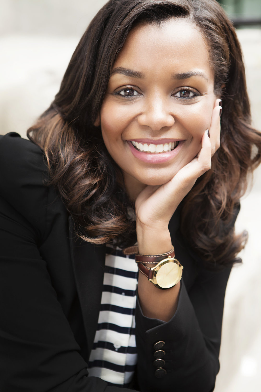 Jihan Thompson  Jihan Thompson is the co-founder and CEO of Swivel Beauty. Prior to launching Swivel Beauty, Jihan spent a decade as a magazine editor at top women's magazines, including  Oprah Magazine ,  Marie Claire , and  Glamour . Now, she's committed to making sure black women have the beauty experience they deserve.