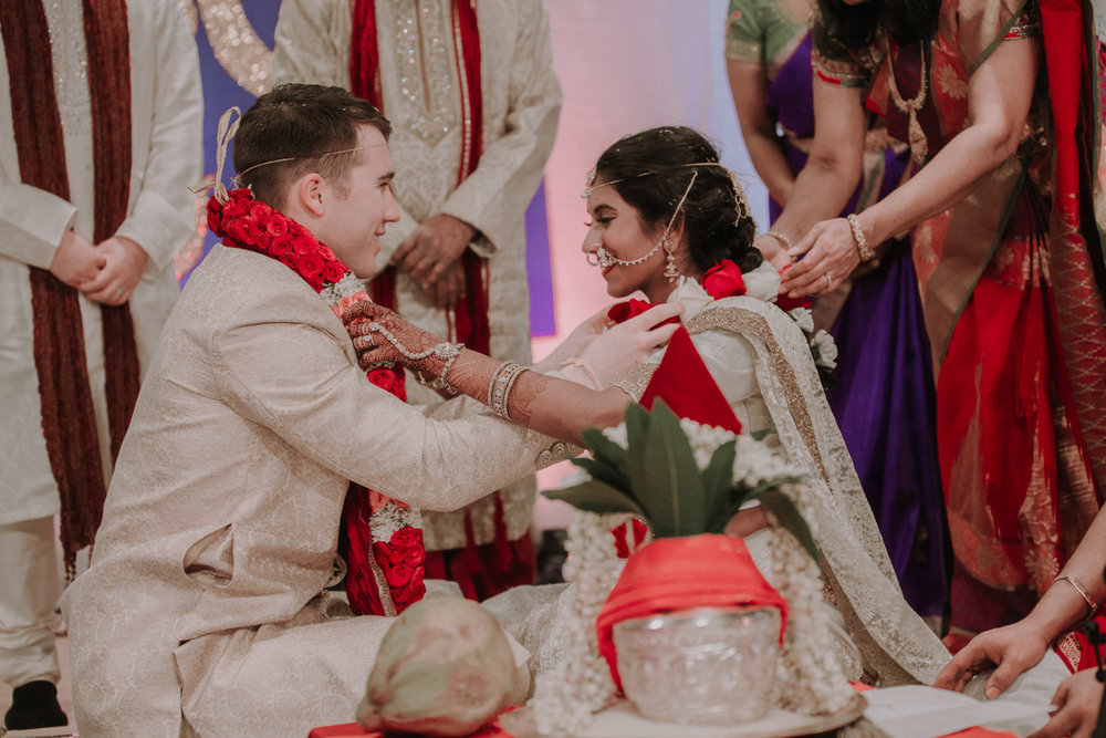 Bryden Giving Photographer-Wedding Photographer-Minneapolis-Minnesota-Saint Paul-Lifestyle-Twin Cities-Two Weddings-Indian Wedding-Hindu Wedding-Multicultural Wedding-Destination Wedding Photographer