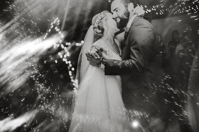 Two incredible humans, a glass flare, and a first dance? YES PLZ MOMMA! Have questions on editing, posing, etc? Please ask below, I would love to help! :)⁣⠀ ...⁣⠀ ...⁣⠀ ...⁣⠀ ...⁣⠀ #photobugcommunity #wanderingweddings #authenticlovemag #losangelesweddingphotographer #shootandshare #californiaweddingphotographer #loveandwildhearts #destinationweddingphotographer #elopementphotographer #radlovestories #muchlove_ig #utahweddingphotographer #junebugweddings #denverweddingphotographer #radstorytellers #portlandweddingphotographer ⁣⠀ #dirtybootsandmessyhair #belovedstories #seattleweddingphotographer #radstorytellers #bohobride #palmspringsweddingphotographer  #engagementphotos #twincitiesphotographer #photooftheday #photobugcommunity #huffpostgram #huffpostido #canonphotography #weddingtrends ⁣⠀