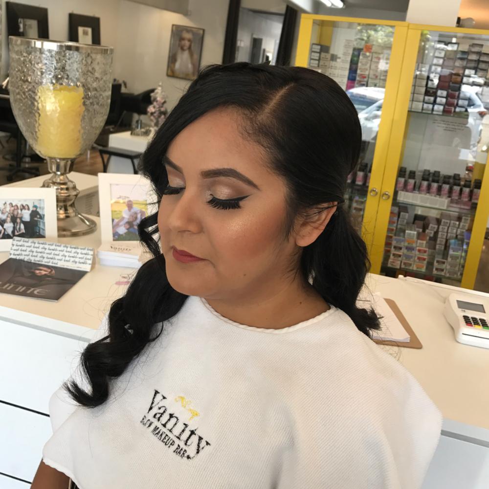 vanity-blowout-salon-downey-makeup-bridal-quinceneara-maquillaje