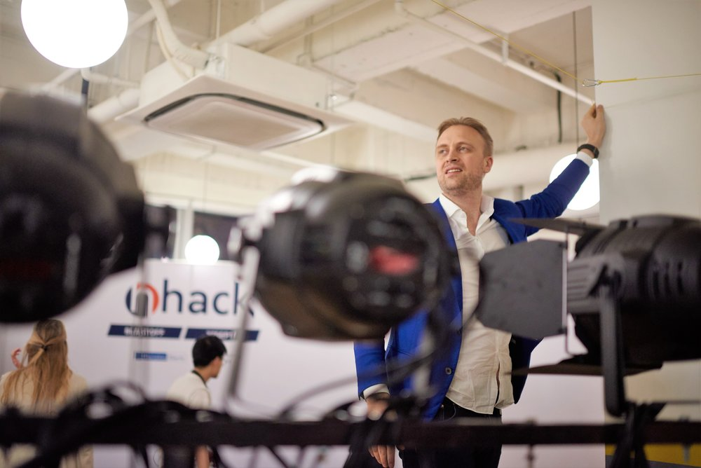 nHack's CEO, Mr. Jon Eivind Stø, keeps a steady ship in China