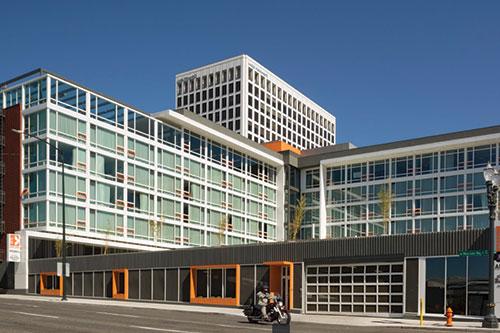 Hotel Eastlund   hoteleastlund.com   [503] 235-2100