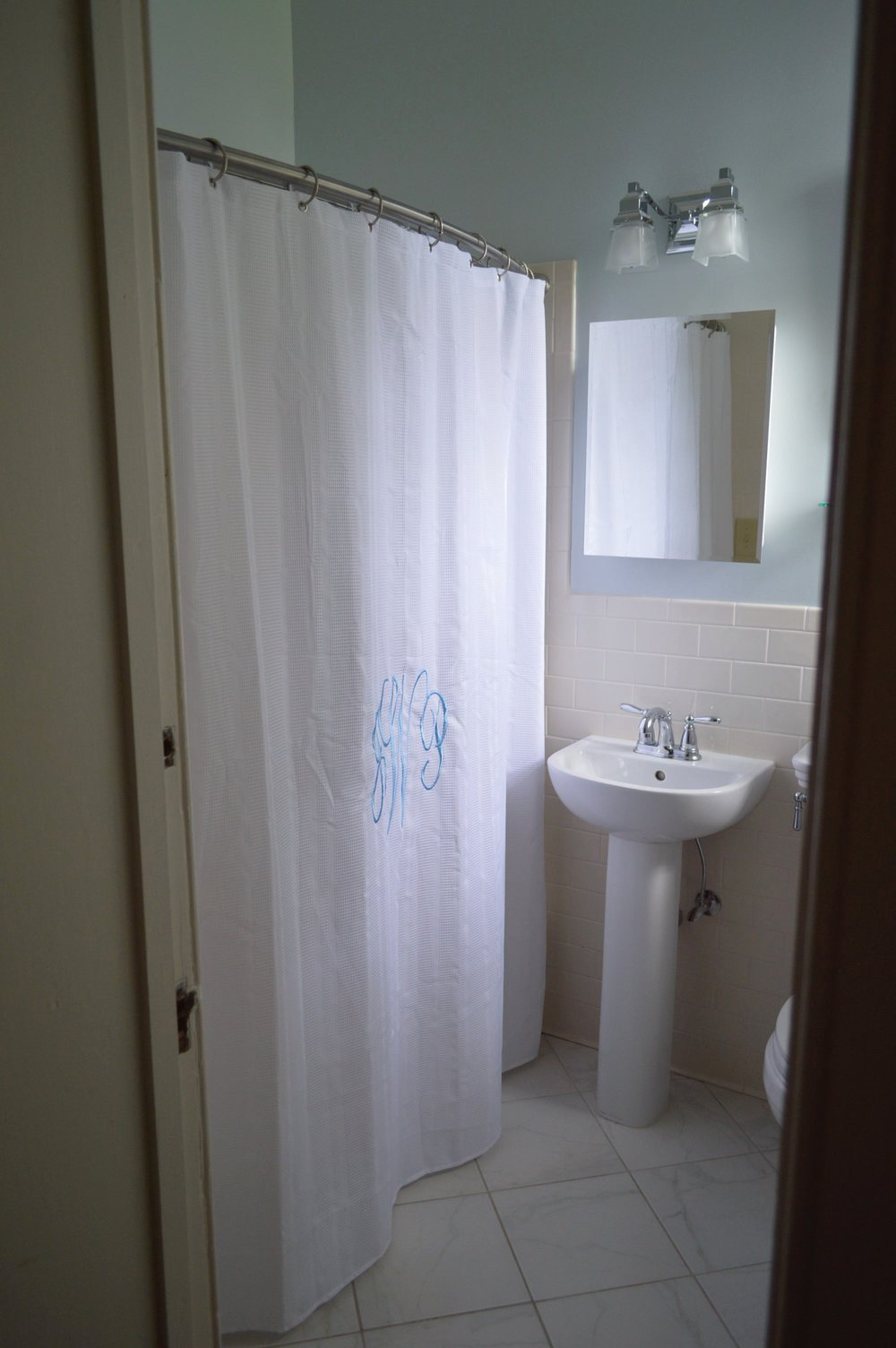2nd Floor bath 2.jpg