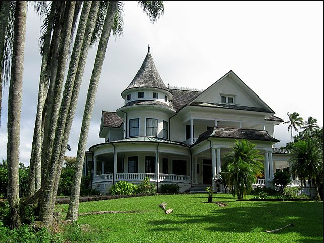 """Built in 1899 for William Herbert Shipman, now a """"Bed and Breakfast"""" Hotel,  Source"""