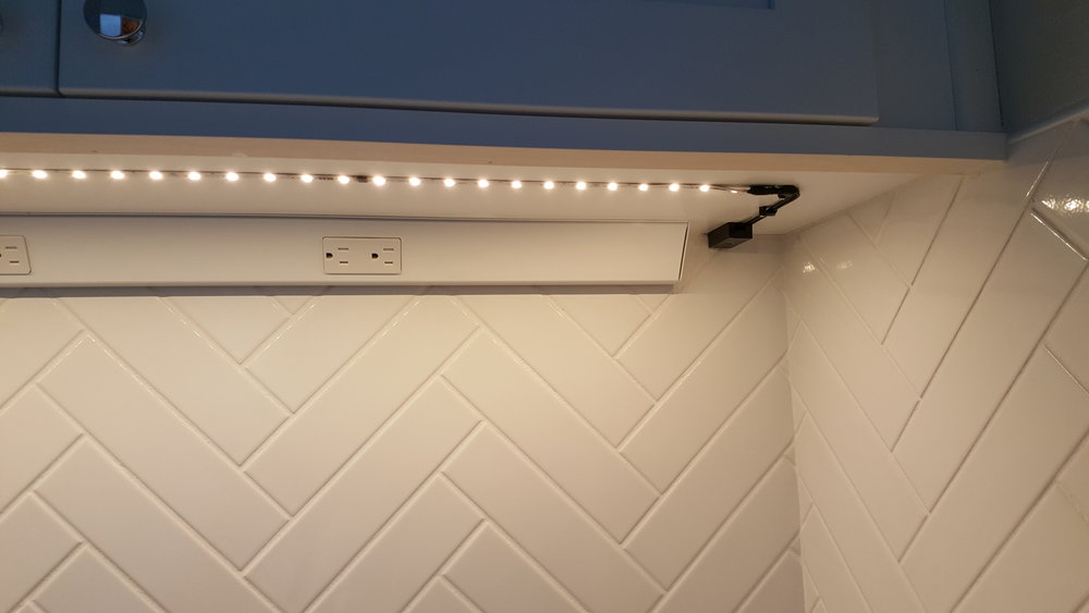 Under Cabinet Lighting And Plugmold