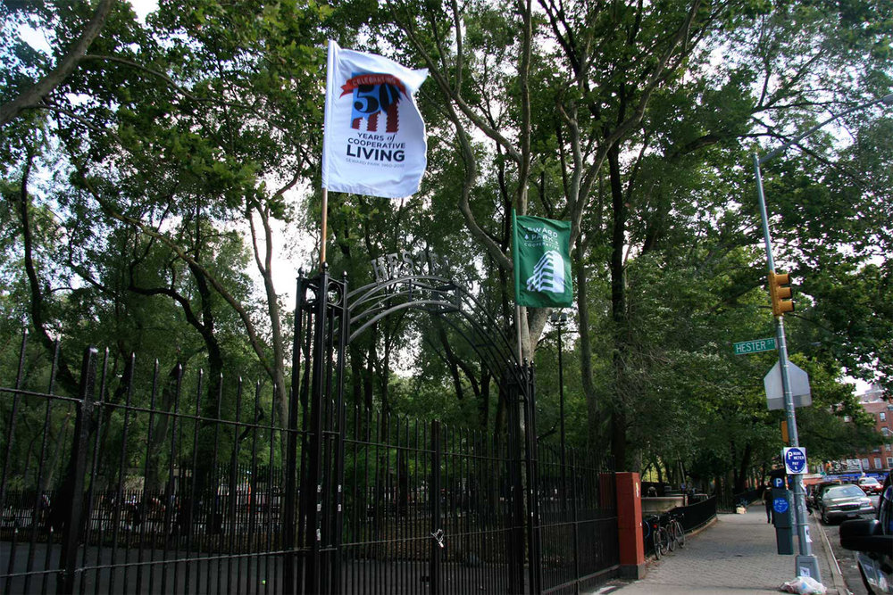 Seward Park Cooperative, Environmental, Park Banners