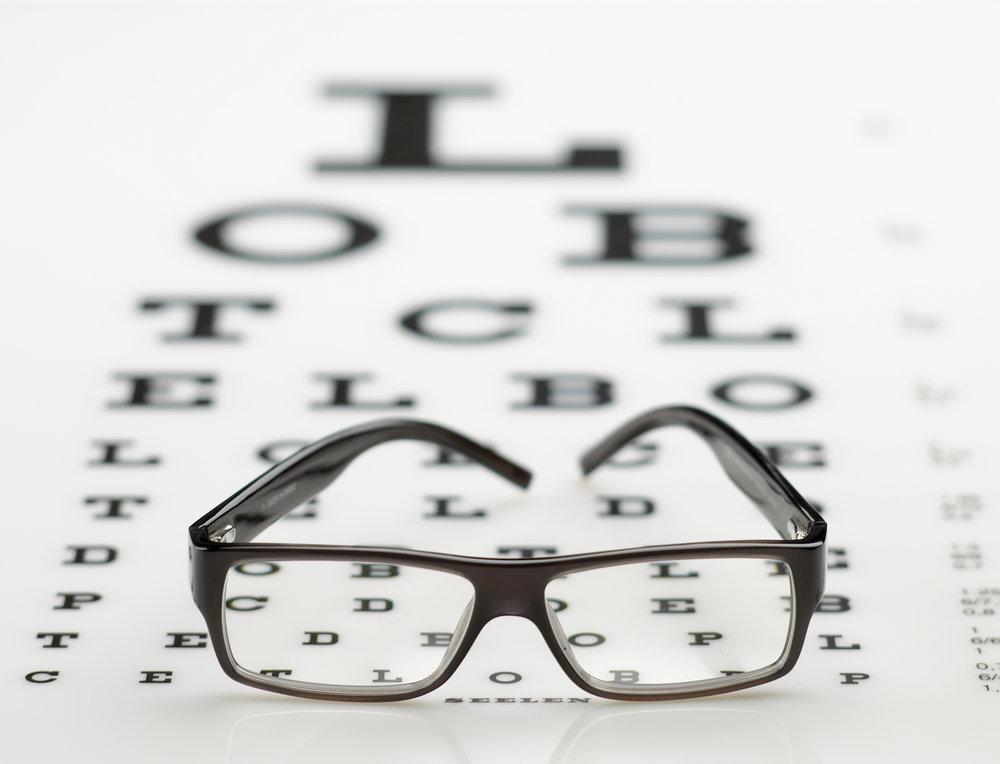 classical-spectacle-on-eye-chart-1413810.jpg