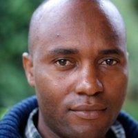 Isaac Matovu Regisseur Isaac Motavu kruipt onder de huid van de festivalbezoeker met zijn portrettering van de situatie van de LHBTQI gemeenschap in Uganda. Impunity is een krachtige speelfilm die de kwetsbaarheid belicht van seksuele en gender minderheden in een land berucht om zijn anti-homo wetgeving. Motavu is tevens bekend van zijn scenario van Outed: The Painful Reality, die de gevolgen van de massale bekendmaking van personen hun homoseksuele geaardheid door de heersende media in Uganda in kaart brengt.
