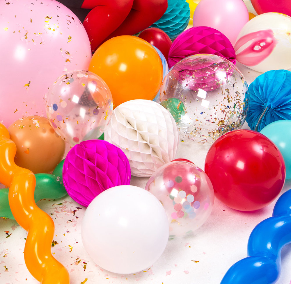 Konfettiballonger, latexballonger, naturgummiballonger, folieballonger och figurballonger