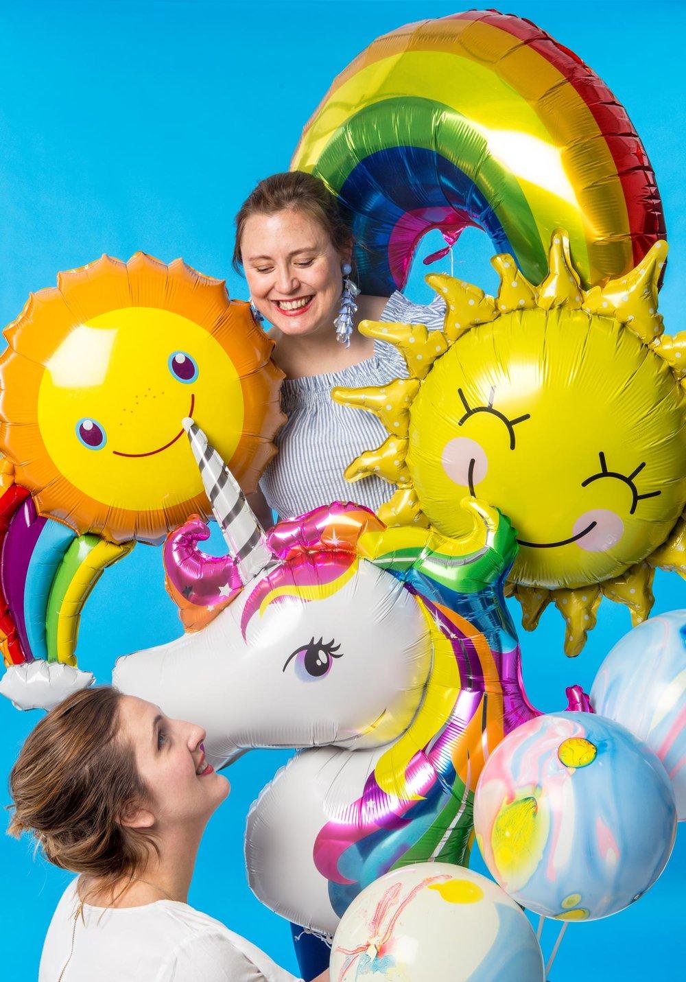 Regnbågsballonger