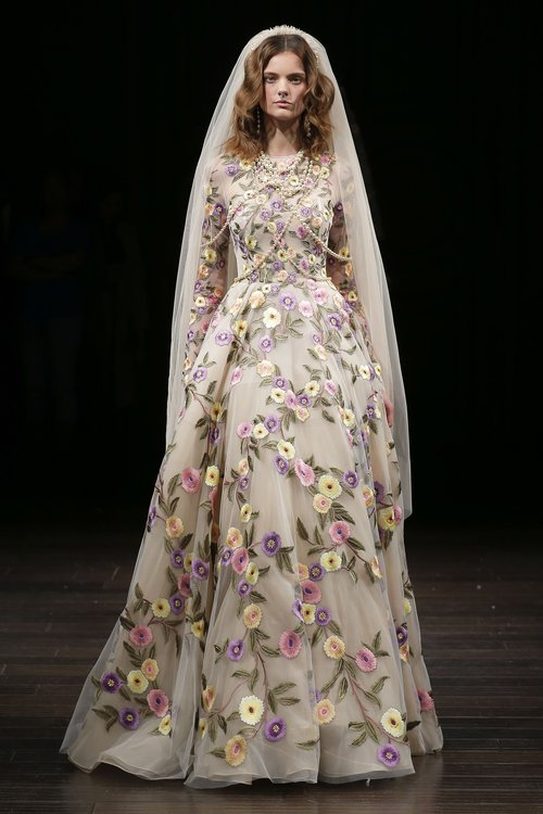 19-naeem-khan-spring-18-bridal.jpg