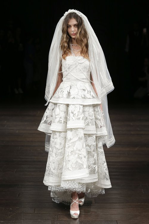 01-naeem-khan-spring-18-bridal.jpg