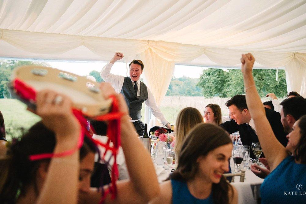 bröllopsquiz på engelskt bröllop i Surrey