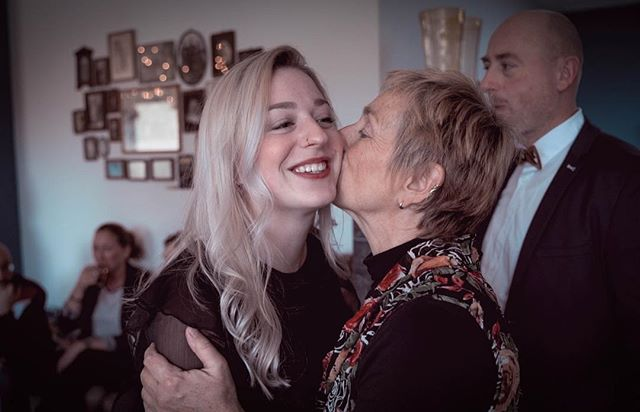 Family is where life starts and love never ends. ✨ . . . #family #christmas #motherslove #brunch #christmasbrunch #happiness #grateful #loveneverends #blessed #withlove #videography #photography #storytelling #familychristmas