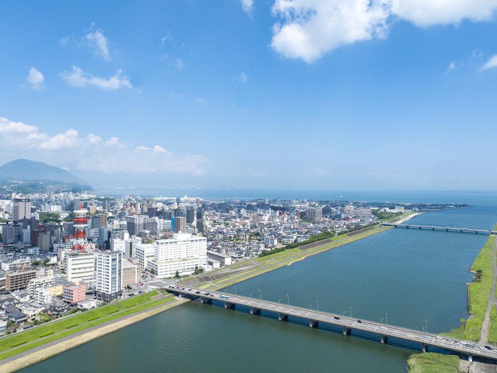 006.市街地(大分川から空撮2).jpg