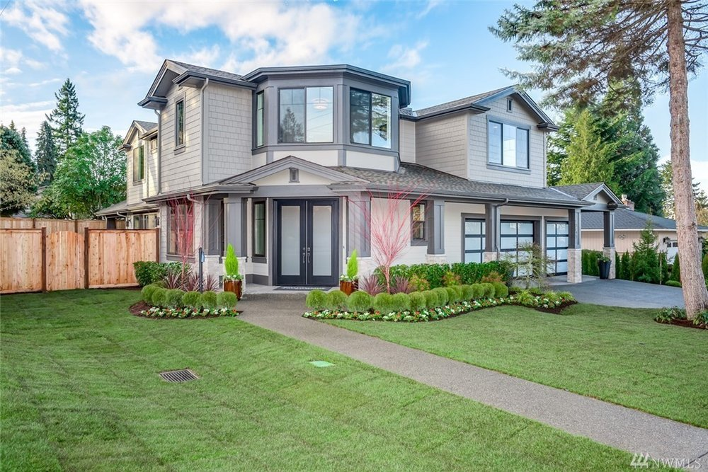 10933 NE 60th Street, Kirkland  Sold at $2,475,000