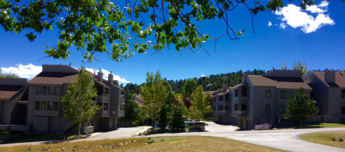 Genesee Village Condominium was built within a gorgeous natural setting of meadows, ponds and open spacebar Golden, Colorado.