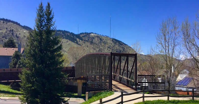 Golden Ridge Condominium owners enjoy many nearby parks including Apex Park and the Kinney Run trail system in Golden, Colorado
