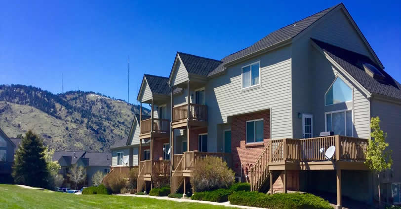 Many of the Townhomes at Heritage Village feature great views of the Golden, Colorado foothills and views overlooking Golden proper.
