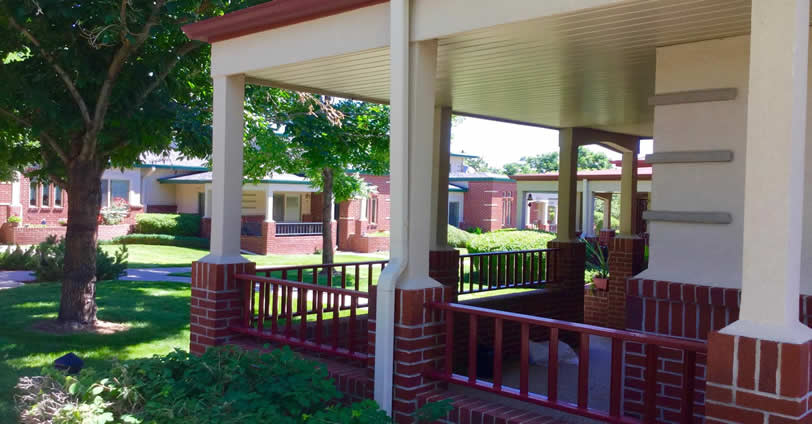 Ulysses Senior Community in Golden, Colorado feature exterior entertainment spaces include large private patios and porches and courtyard gazebo.