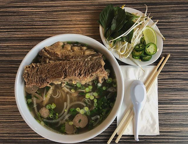 Sundays are for Pho. 🍲🍲🍲 📸: @dmnyng