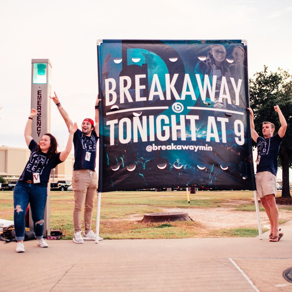 Street – 3 hrs/weekly + occasional additional hrs  Volunteers advance the gospel through the promotion of all Breakaway events. They seek to invite every college student in Bryan/College Station to Breakaway so the gospel can be broadcasted to as many people as possible. Volunteers are required to be at Breakaway on Tuesday as well as work to promote Breakaway in different capacities during the week.