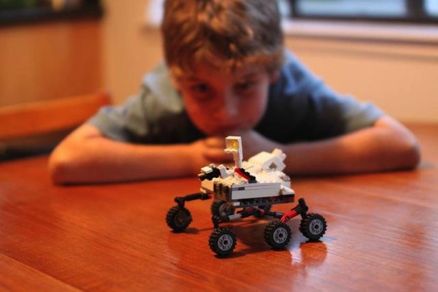 Lunch & Legos STEM Event