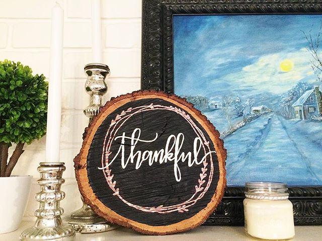 Eight days until FLEASTYLE where you can check out this brand new piece along with many others! . . . . . #elizacodesigns #woodsigns #thankful #chalkboardsign #makersgonnamake #moderncalligraphy #dallascalligrapher #dfwcalligraphy #fleastyle #fleastyledallas #shopfleastyle