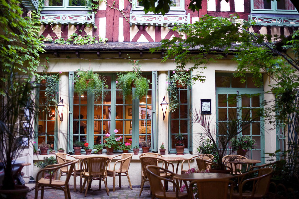 Rouen_cafe.jpg