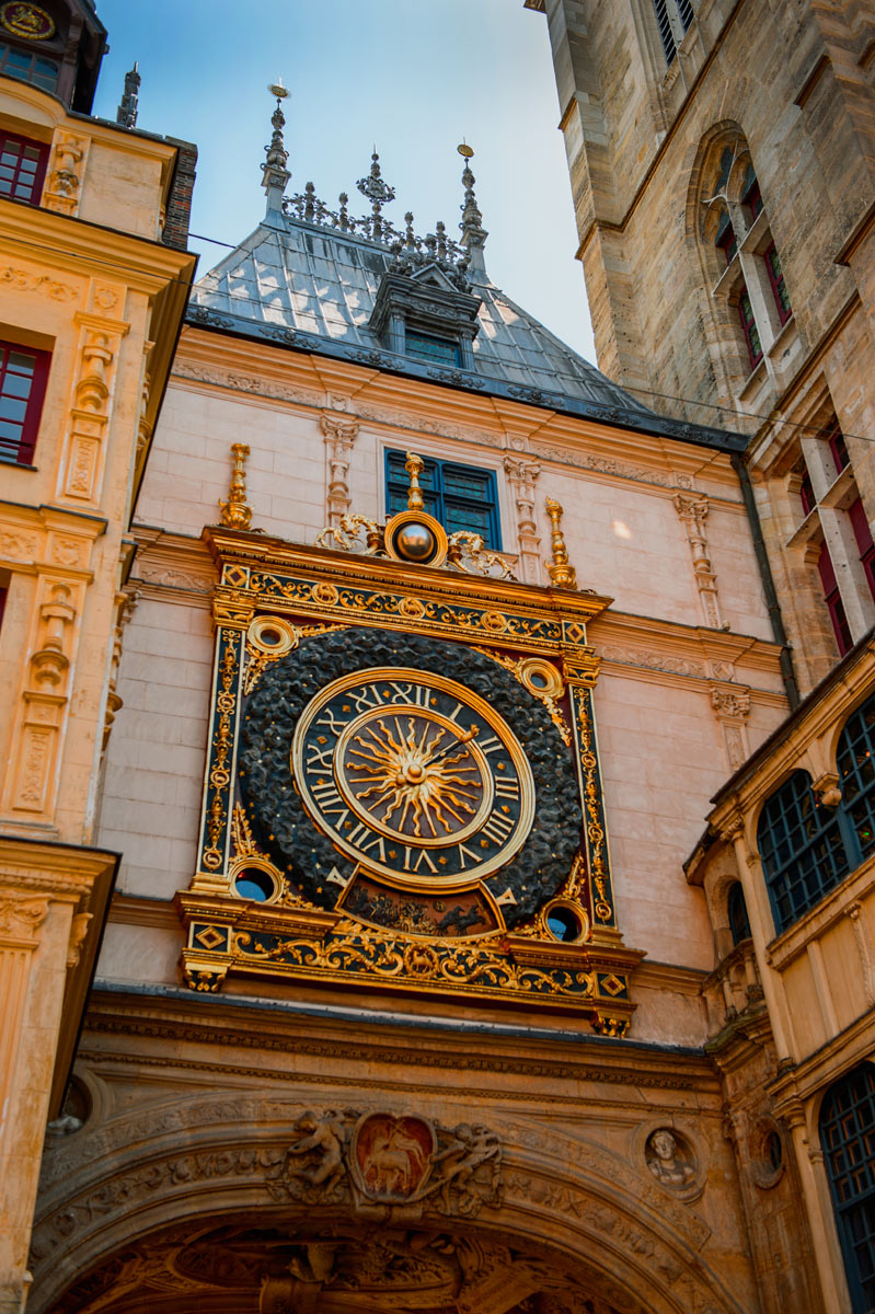 rf_ss_fr_rouen_clock_294338540_1200x800.jpg