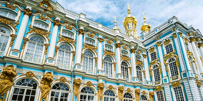 CC_St_Petersburg_Catherines_Palace_Atlantes_700x350_tcm22-120102.jpg