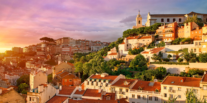 CC_Lisbon_OldTown_Sunset_Getty_RM_702x351_tcm22-40237.jpg