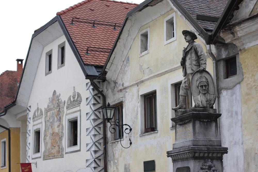 Radovljica,_Slovenia_(7182677165).jpg