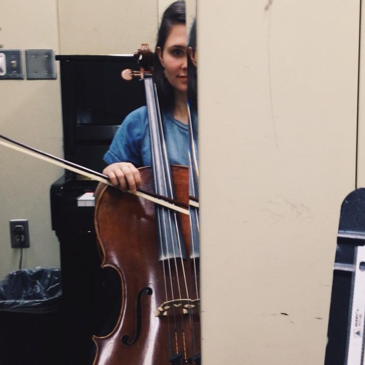 - Cello