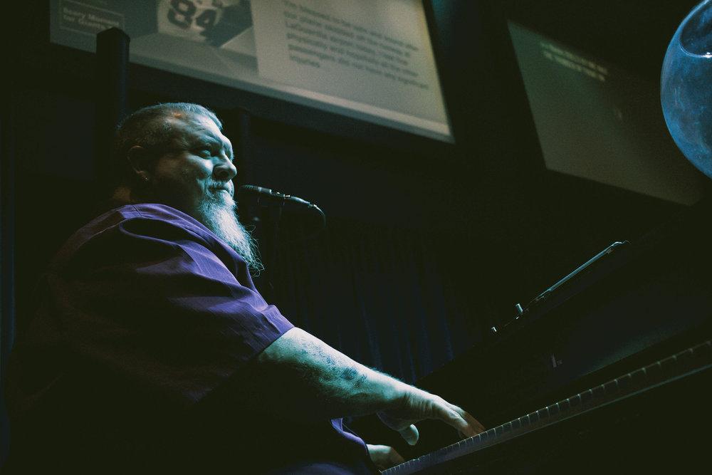 Tom Basler Tulsa Dueling Pianist 5.jpg