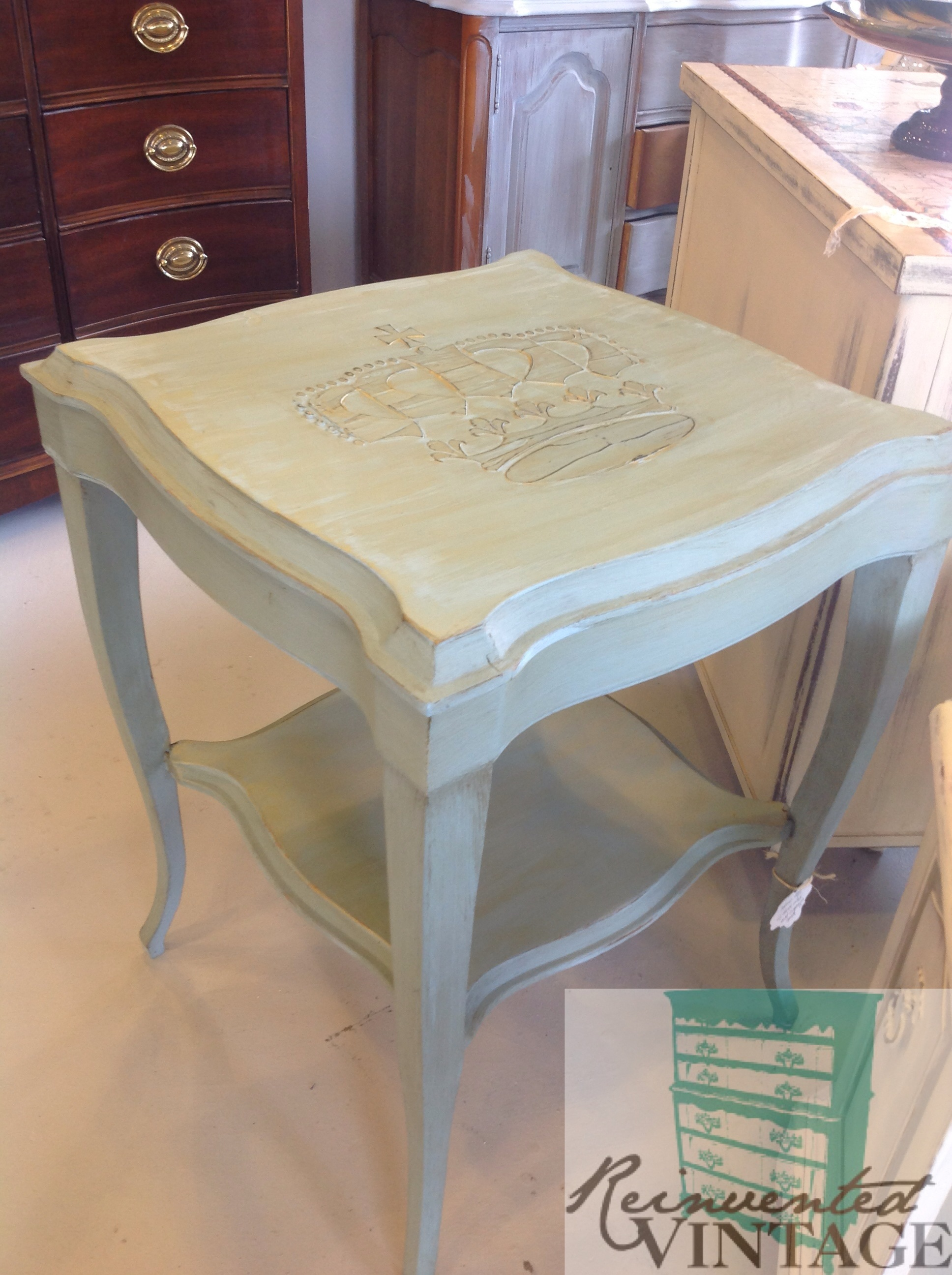 crown sidetable