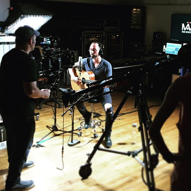 Super stoked to share an exciting 2-part collab with @musicandmotionpictures. Director Aaron Martin and crew do top-notch work. Here we're shooting one of my favorite songs to cover....stay tuned for a sneak peak video soon!!