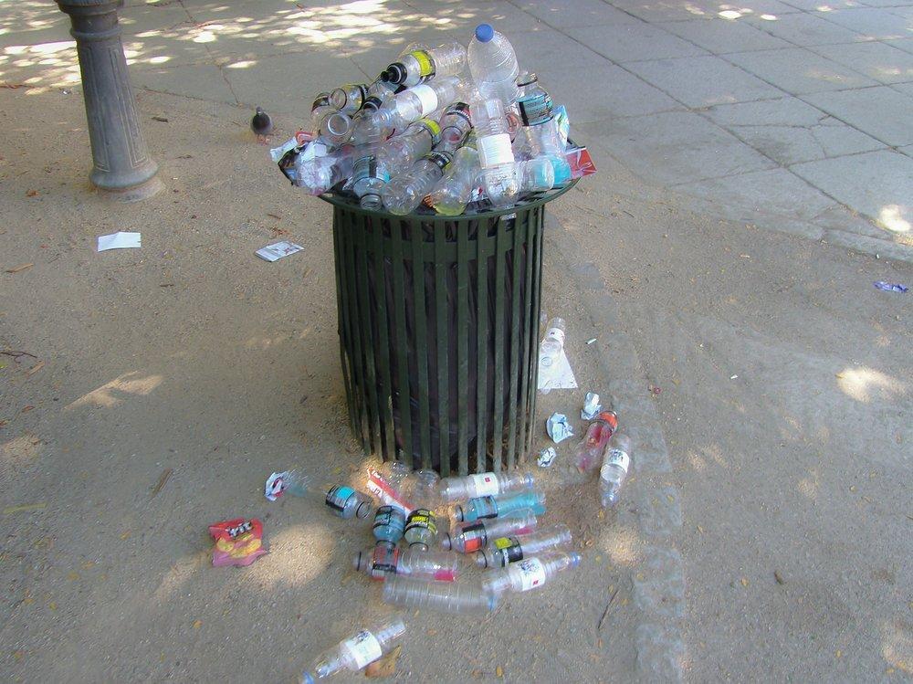 trash-184994_1920.jpg