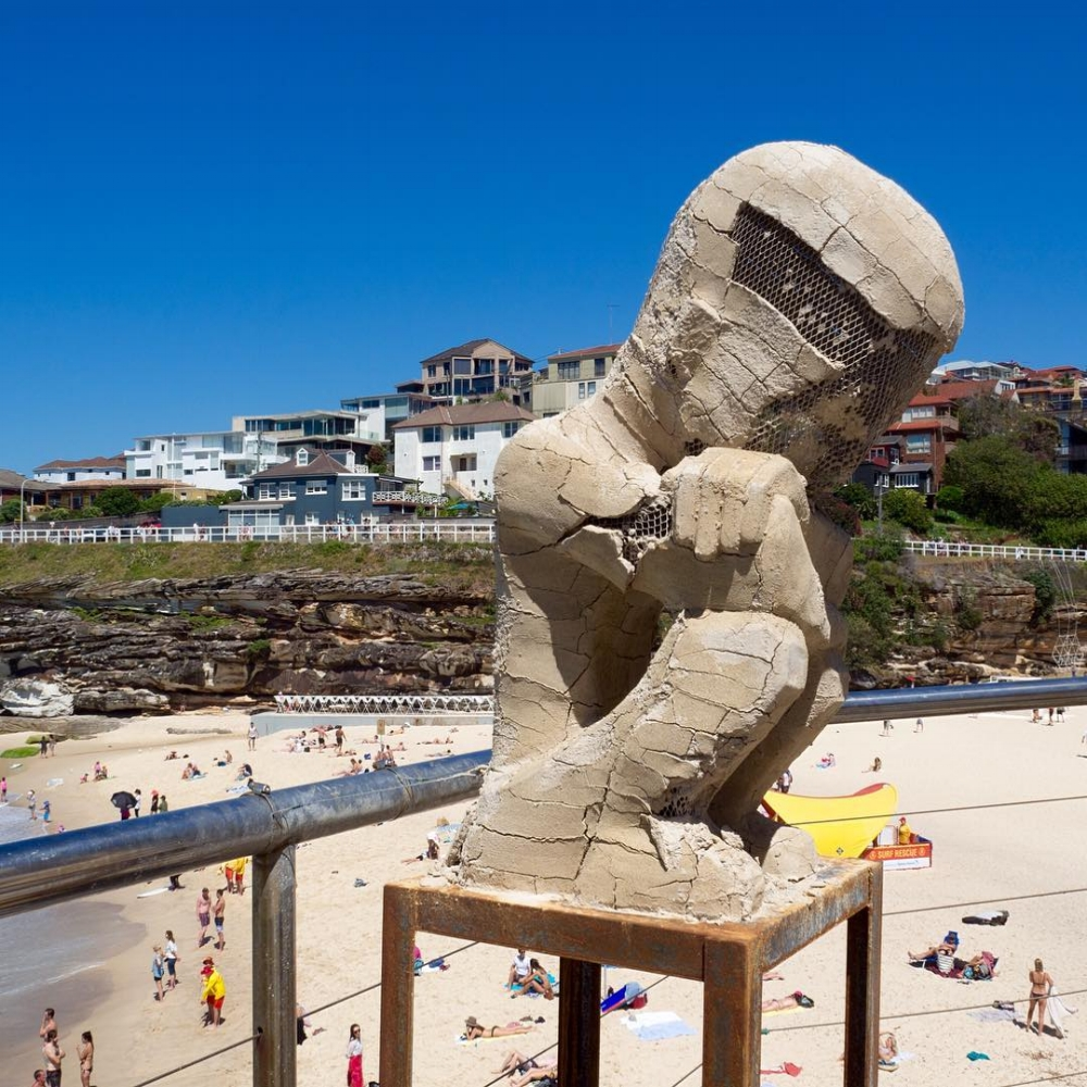 jeremy sculptures by the sea 2017.jpg