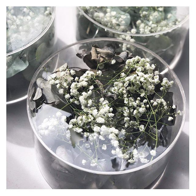 A C R Y L I C  C A K E  S T A N D S are now available for hire ✨ used last weekend + filled with foliage + baby's breath to celebrate B A B Y B E S I R ✨ interested in hiring them contact us now! #babylove #babyshower #babyontheway #babyonboard #prophire #weddingprophire #eventdecor #eventflorist #eventdecoration #tabledecor #desserttable #dessertporn #thestylisrsguideadl