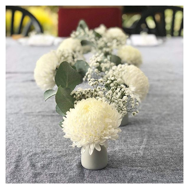 S I M P I C I T Y ✨ sometimes it is the most simple touch that creates the most magic ✨ Florals + Linen supplies to celebrate B A B Y B E S I R ✨ @tiffanybesir #babyshower #eventdecoration #tablescapes #tabledecor #babygirl #baby #babyshowerfun #eventdecor #eventstylists #thestidtsguideadl