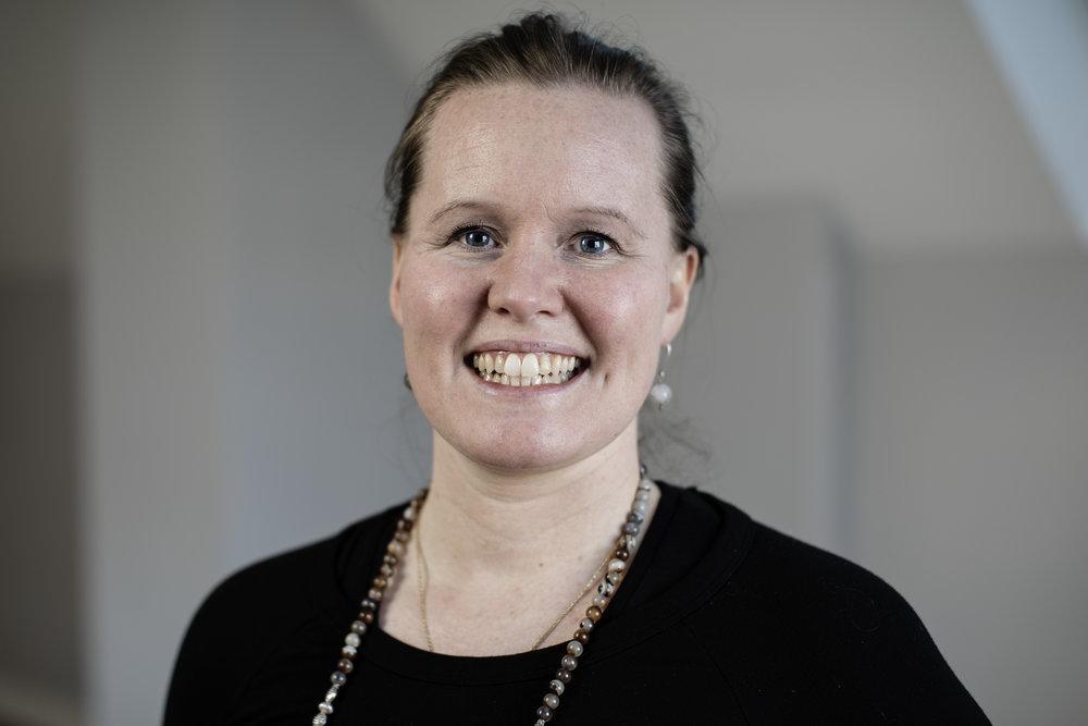 - KARINA E. KIBSGÅRD