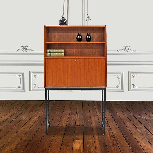 Beautiful Teak Secretary 🌿  #interiordesign #uniquefurniture #eclecticinteriors #vintagefurniture #furnituredesign #AFC
