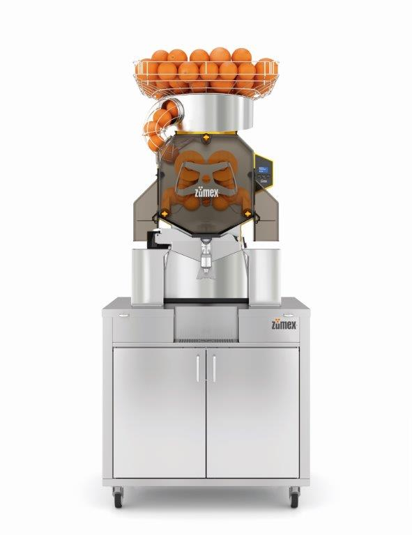 Speed S +plus Self Service Podium   The industrial juicer designed to offer your customers fresh juice to go: in a bottle or cup.  With its new podium, the Speed S +plus series has a greater capacity for up to 100 L - 40 Kg of waste.