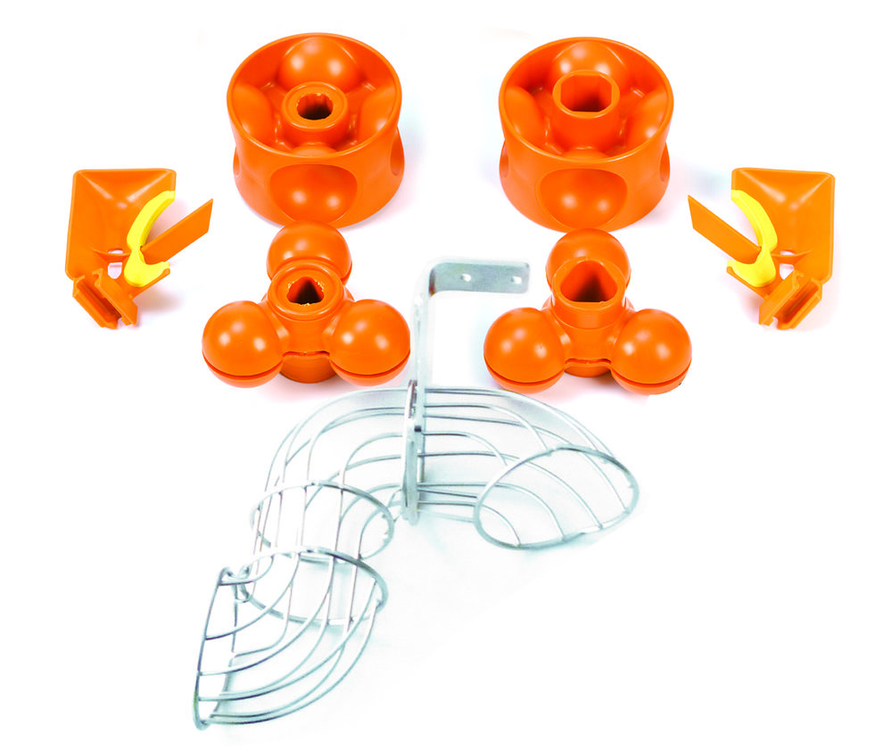 Kit S Essential Pro   Perfect to squeeze smaller sized fruit, specially small oranges, tangerines and limes; with diameters from 67 mm to 45 mm. Easy installation and disassembly.