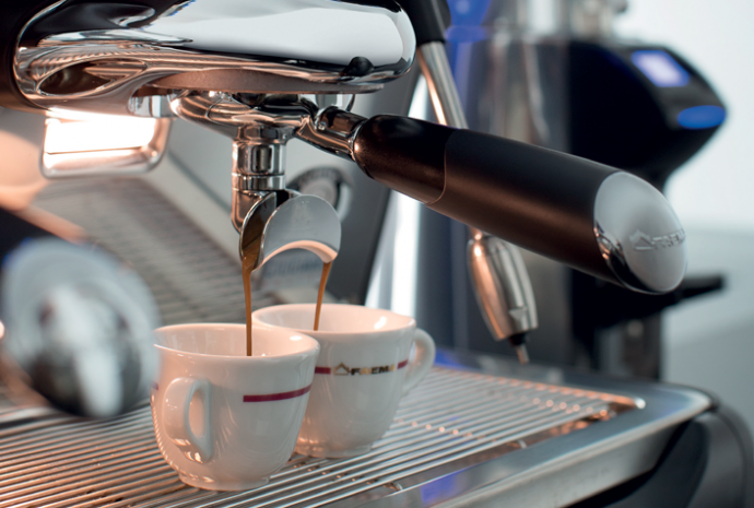 A perfect espresso - Each coffee group can be set with a different temperature: with the Faema variable thermal thermosiphon system espresso coffees are always excellent with every blend.