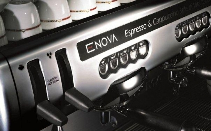 Style and functionality - Enova combines functionality with a modern, elegant style, in line with Faema's best tradition in espresso coffee machines.