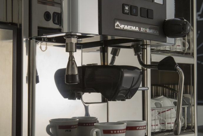 Tradition - Elegant design, latest technology and in-the-cup quality